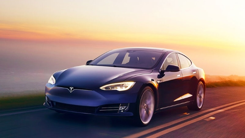 Tesla Is Deliberately Telling People the Model 3 Is Worse Than the Model S