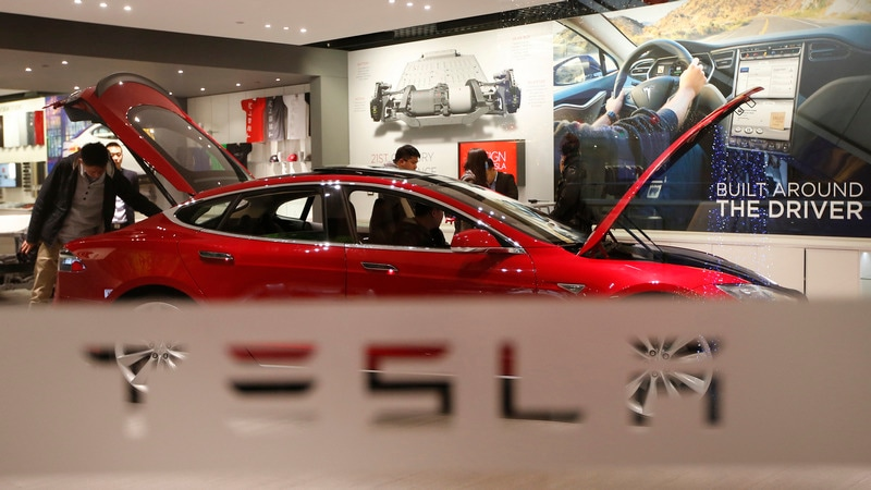 Tesla Blames Misprinted Label for China Customs Hiccup