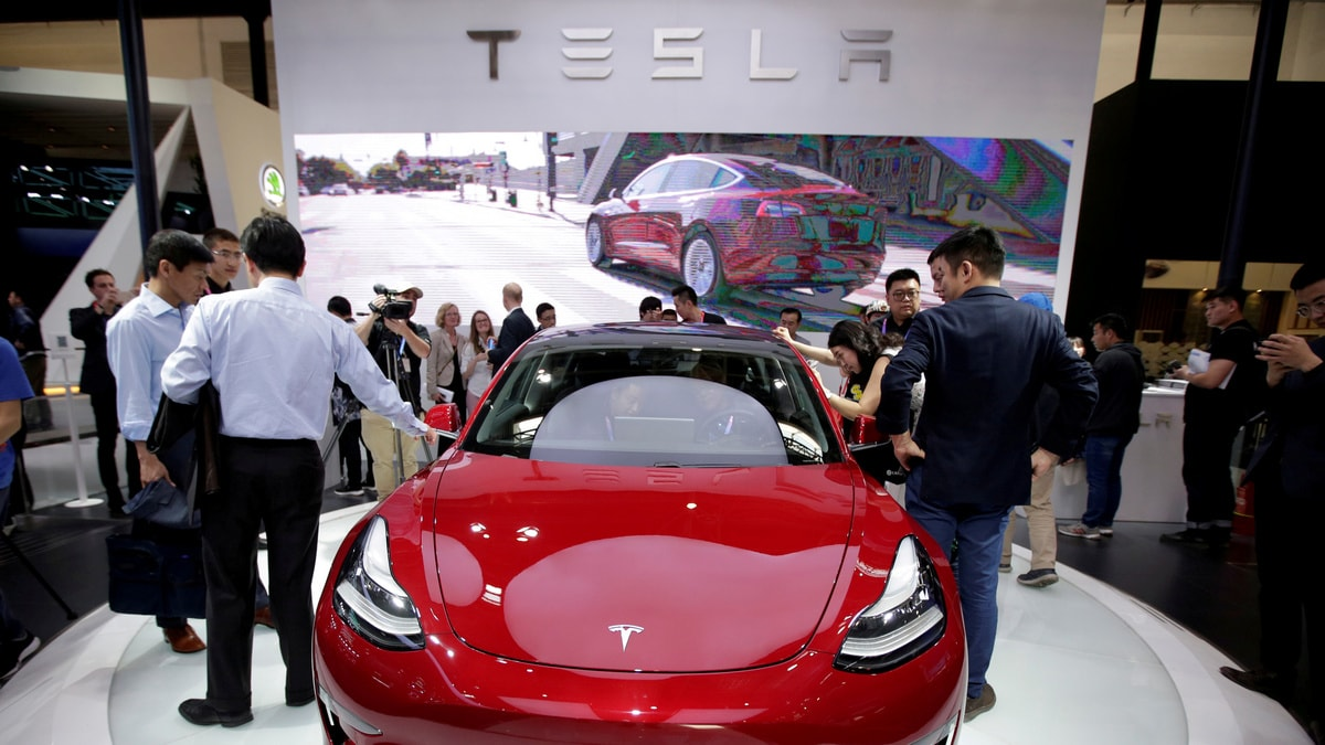 Tesla Says May Seek New Funding, Days After US SEC Settlement