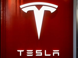 Musk's SpaceX Could Help Fund Take-Private Deal for Tesla: Report