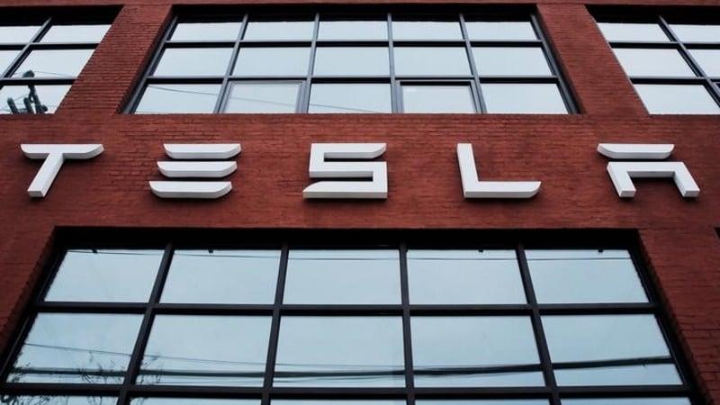 Tesla Targets Middle East Drive With Dubai Debut