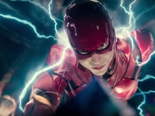 The Flash Movie in Talks With Stephen King's It Director Andy Muschietti, Bumblebee Writer Christina Hodson