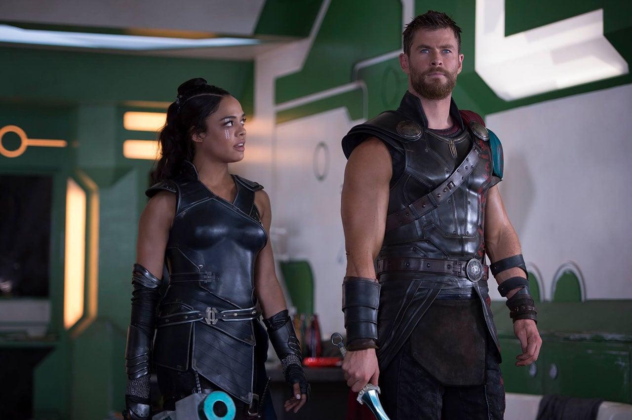 Thor Ragnarok Trailer Chris Hemsworth Loses His Hammer