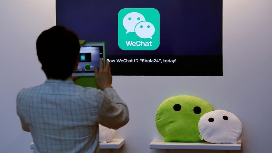 Trump Imposes US Ban on WeChat, TikTok in 45 Days