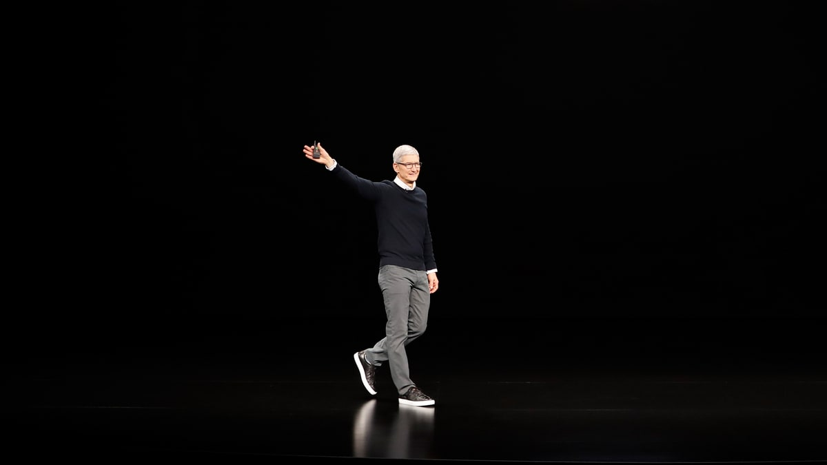 Apple's Tim Cook Discusses Leaning in to Journalism and Privacy