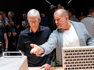 Apple CEO Tim Cook Rubbishes Report Jony Ive Was 'Frustrated' With Him
