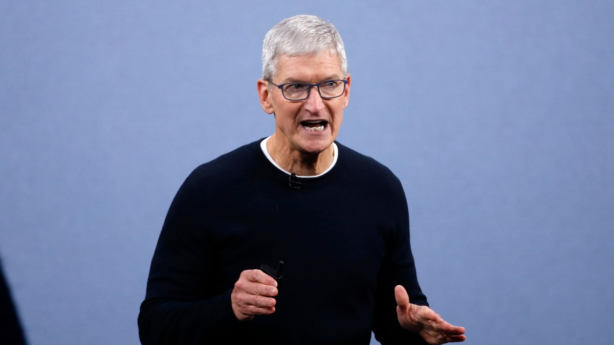 Apple CEO Tim Cook Says Most Staff Won't Return to Office Until June 2021