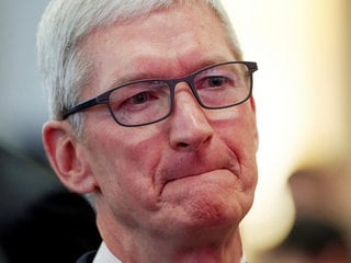 Apple, IBM Chiefs Call for More Data Oversight After Facebook Breach