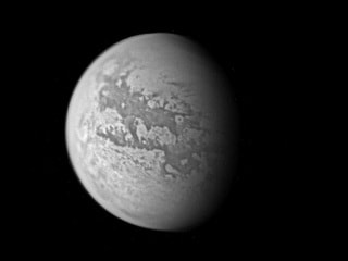 Saturn Moon Titan Shaped by Same Forces as Earth: Researchers