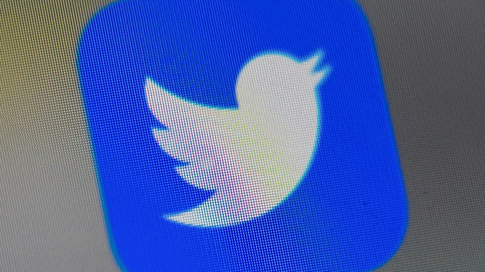Twitter Testing New Changes in Threaded Conversation Layout on iOS, Web