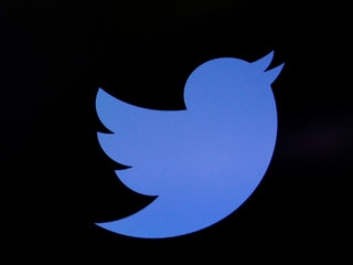 Twitter Says It 'Inadvertently' Limited Engagements on Donald Trump's Flagged Tweets