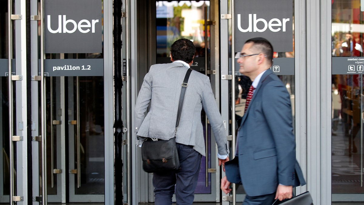 Uber sacks 400 marketing staff as growth slips off the road