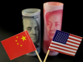 US Tech Firms Cozy Up to China Despite Trade Turmoil