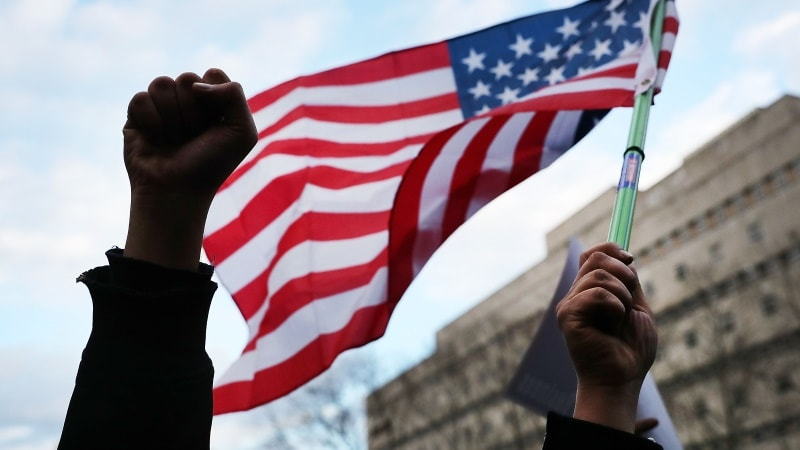 Trump Immigration Ban: Uber, Lyft React as Tech Industry's Opposition Escalates