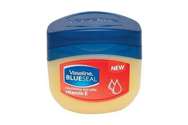 Vaseline hacks vaseline vitamin E petroleum jelly