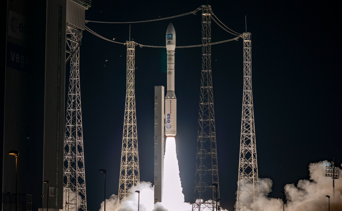 Vega Rocket Blasts Off With Airbus Observation Satellite, Miniature CubeSats