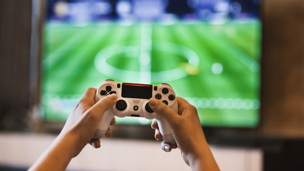 High Schools Are Starting to Bet on E-Sports - to Engage and Motivate