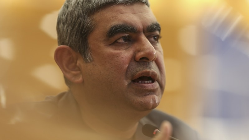 Infosys CEO Vishal Sikka Attempts to Quell Tensions With Company Founders