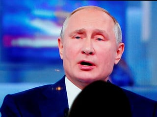 Putin Says Russia Must Not Use Blanket Bans to Make Internet Safer