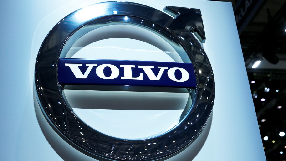 Volvo Partners Nvidia to Develop AI for Driverless Vehicles