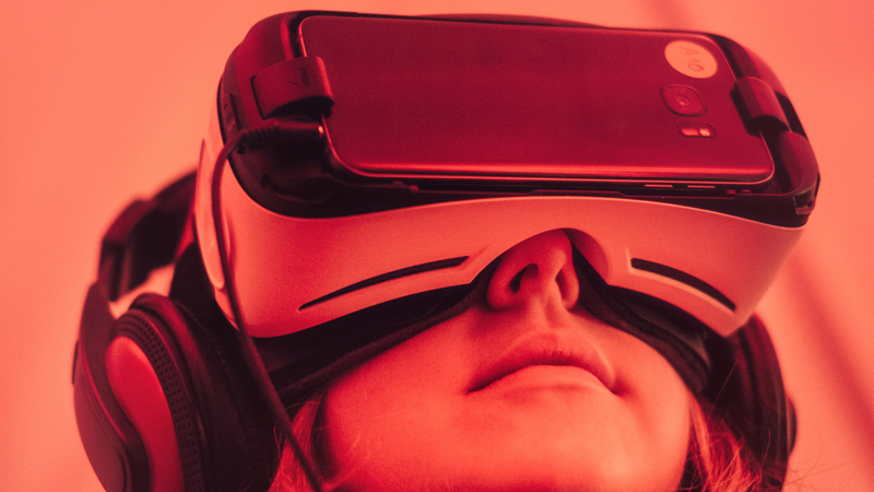 Qualcomm's Next Generation Wireless VR Headsets Will Be Able to Connect to PCs, Consoles