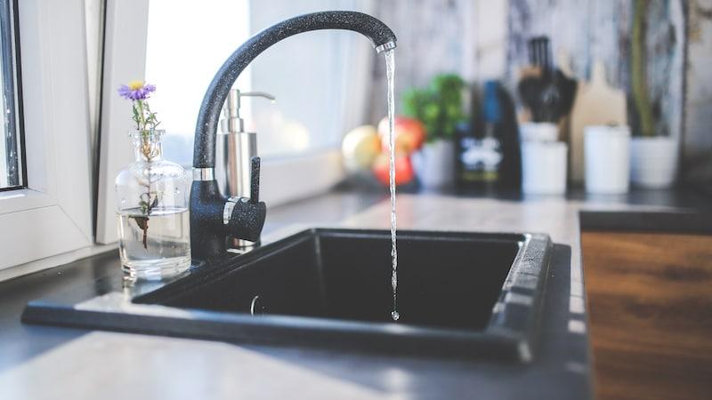 water kitchen tap pexels Water