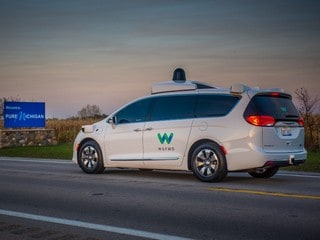 Google Spinoff Waymo to Put Self-Driving Car Factory in Michigan