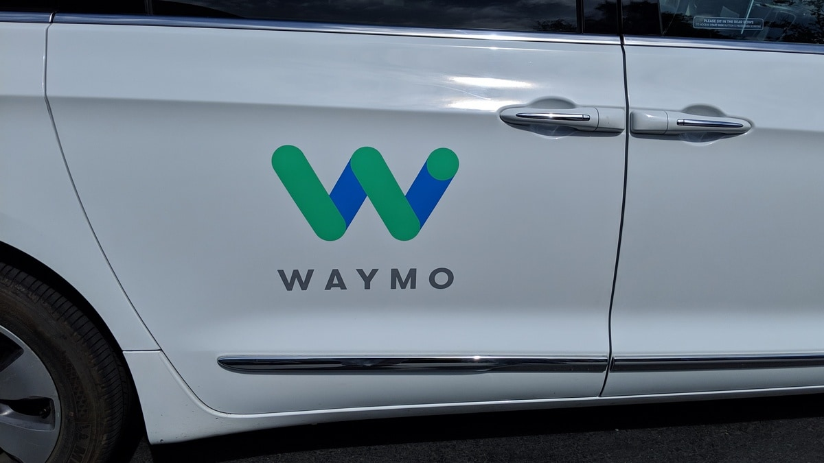 Waymo, Lyft Partner to Offer Self-Driving Car Rides in US