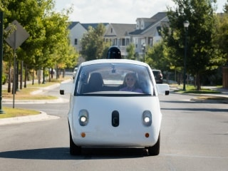 The Simple Question About Self-Driving Cars We Still Can't Answer