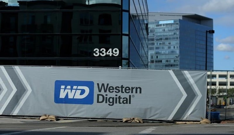 Western Digital CEO Said to Be in Japan to Finalise Toshiba Chip Deal