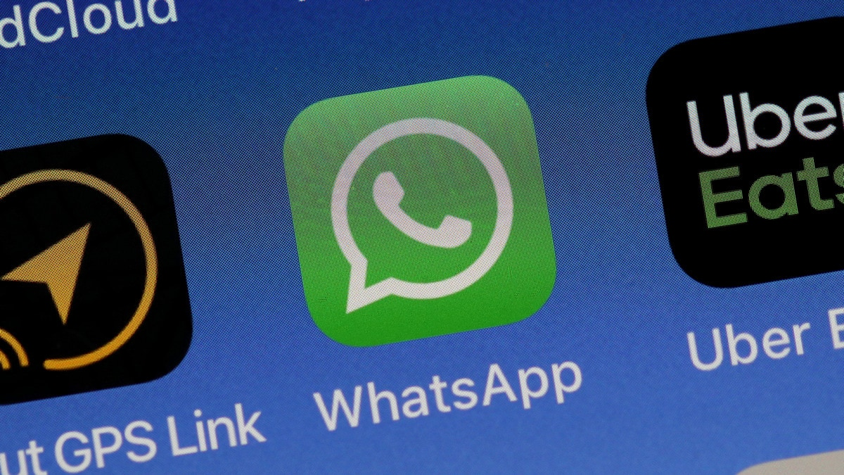 WhatsApp's End-to-End Encryption Is a Gimmick