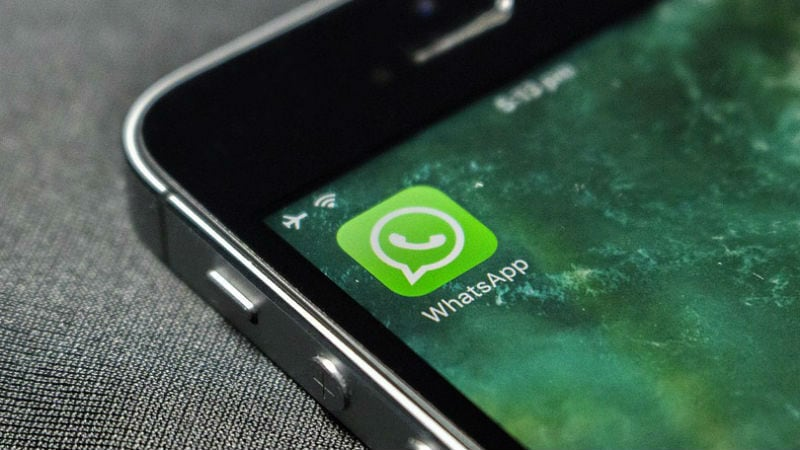WhatsApp Update for iPhone Lets the Users Play Videos within The App