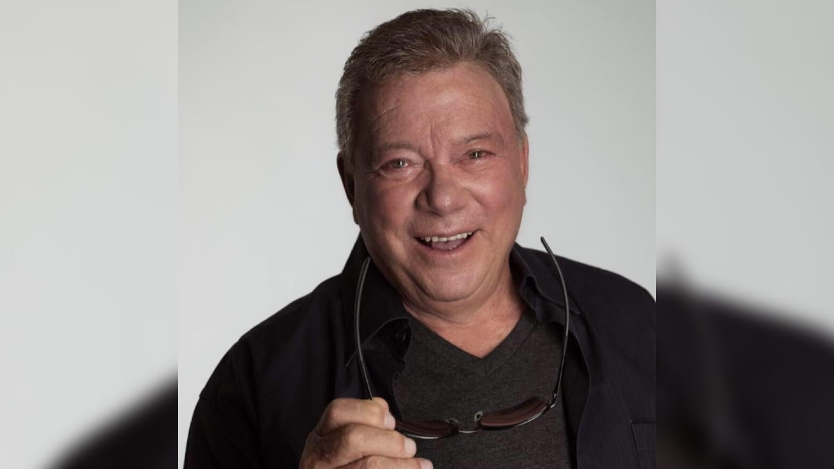 william shatner of trek fame going to space aboard
