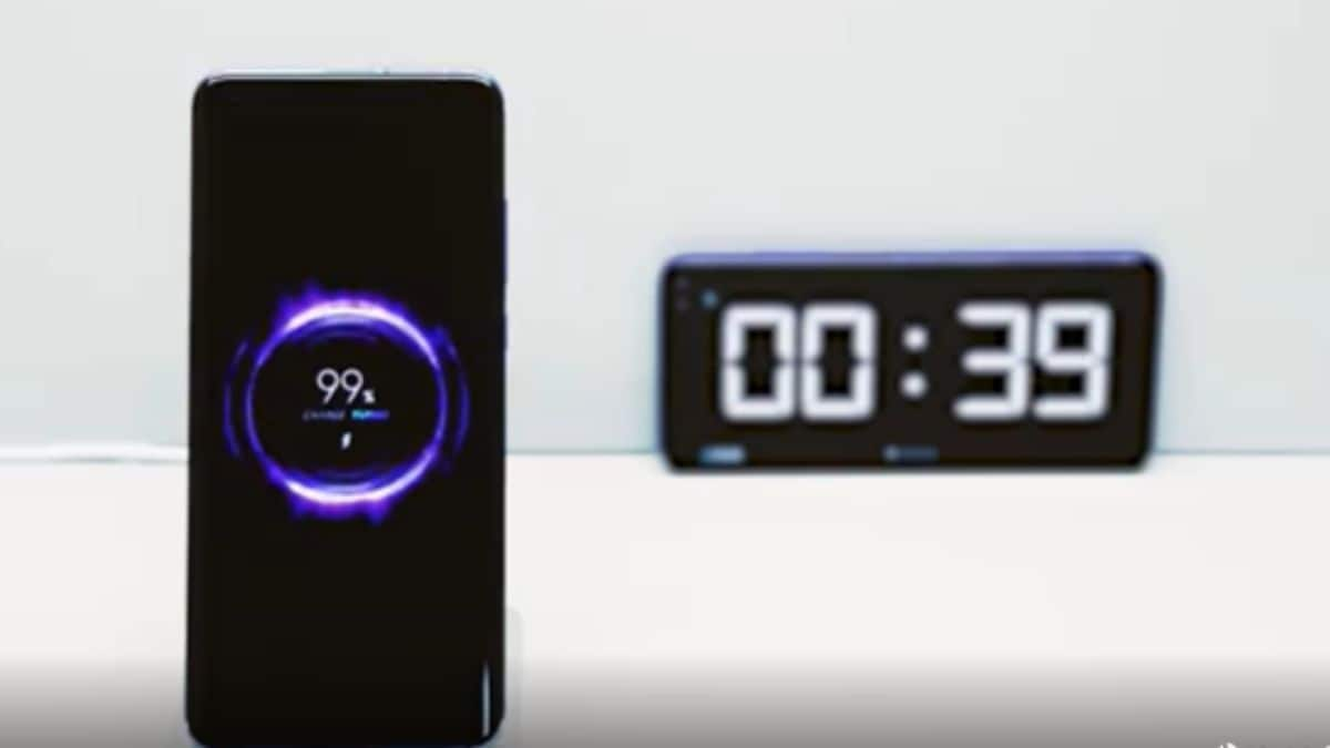 Xiaomi 40W Wireless Charger Fully Charges 4,000mAh Battery in 40 Minutes, Video Shows