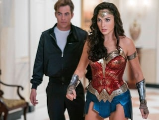 Wonder Woman 1984 Trailer Wants You to Have Everything