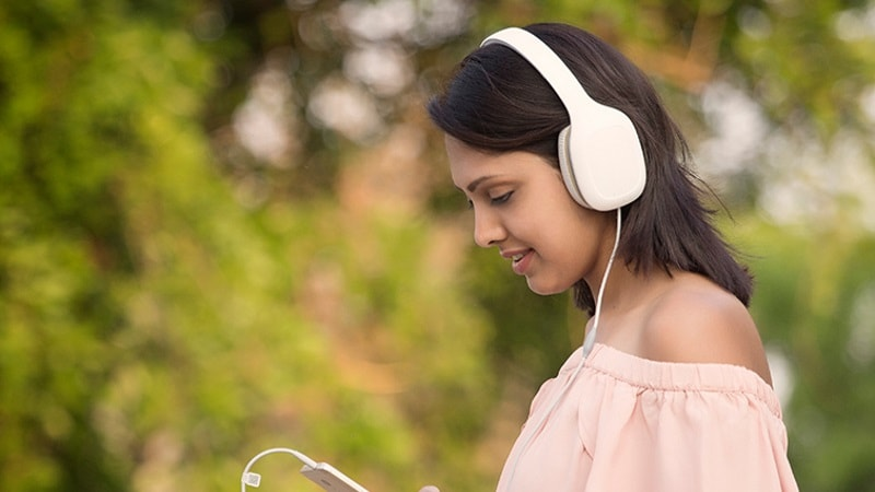 Xiaomi Mi Headphones Comfort With Minimalist Design Launched at Rs. 2999