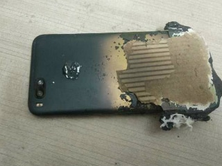 Xiaomi Mi A1 Allegedly Explodes While Charging, Mi A2 'Fingerprint Sensor Bug' Said to Impact Battery Life
