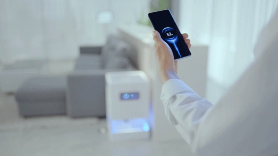 Xiaomi Unveils Mi Air Charge Wireless Charging Technology to Fuel Up Devices Over the Air