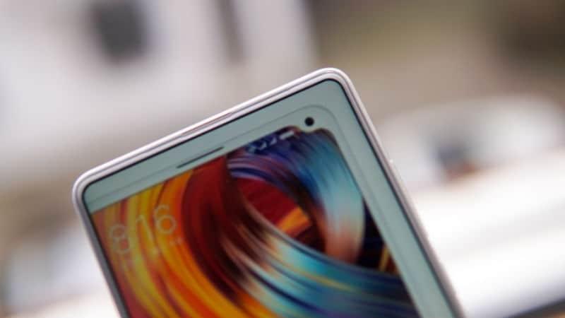 Xiaomi Mi MIX 2S leaked photo indicates an under-screen fingerprint scanner