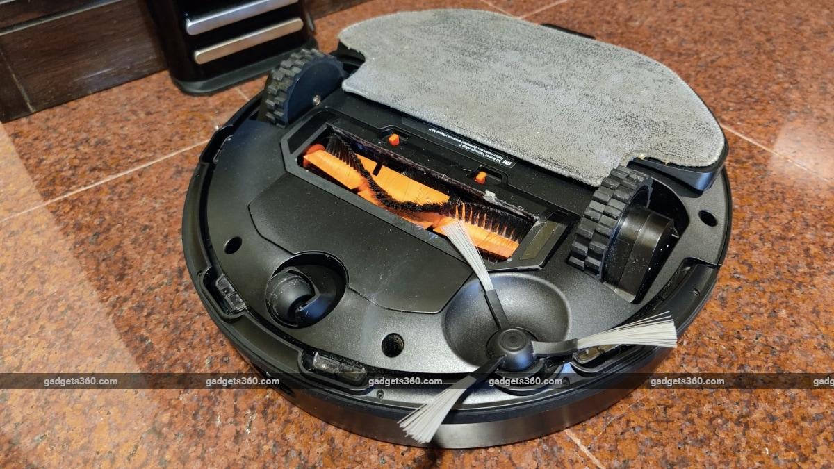 xiaomi mi robot vacuum mop p review underside 2 Xiaomi  Mi Robot Vacuum-Mop P