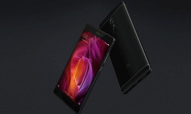 Amazon और Flipkart पर स्मार्टफोन सेल, मिल रहे हैं ये शानदार ऑफर