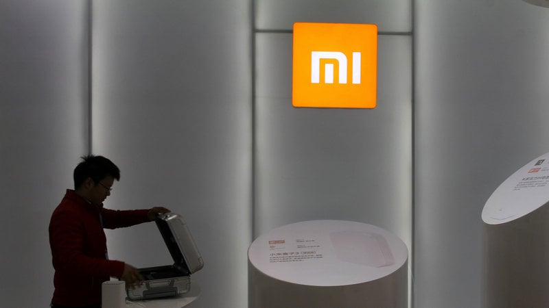Xiaomi Said to Cut Valuation After Pulling Mainland Offering