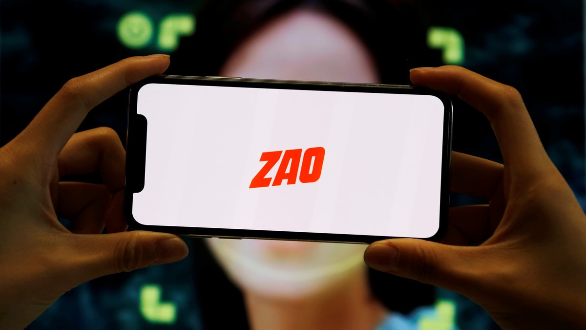 ZAO, Chinese Face-Swapping App Goes Viral, Sparks Privacy Concerns