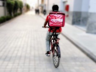 Zomato Starts Grocery Delivery Service in Over 80 Cities Amid Coronavirus Lockdown