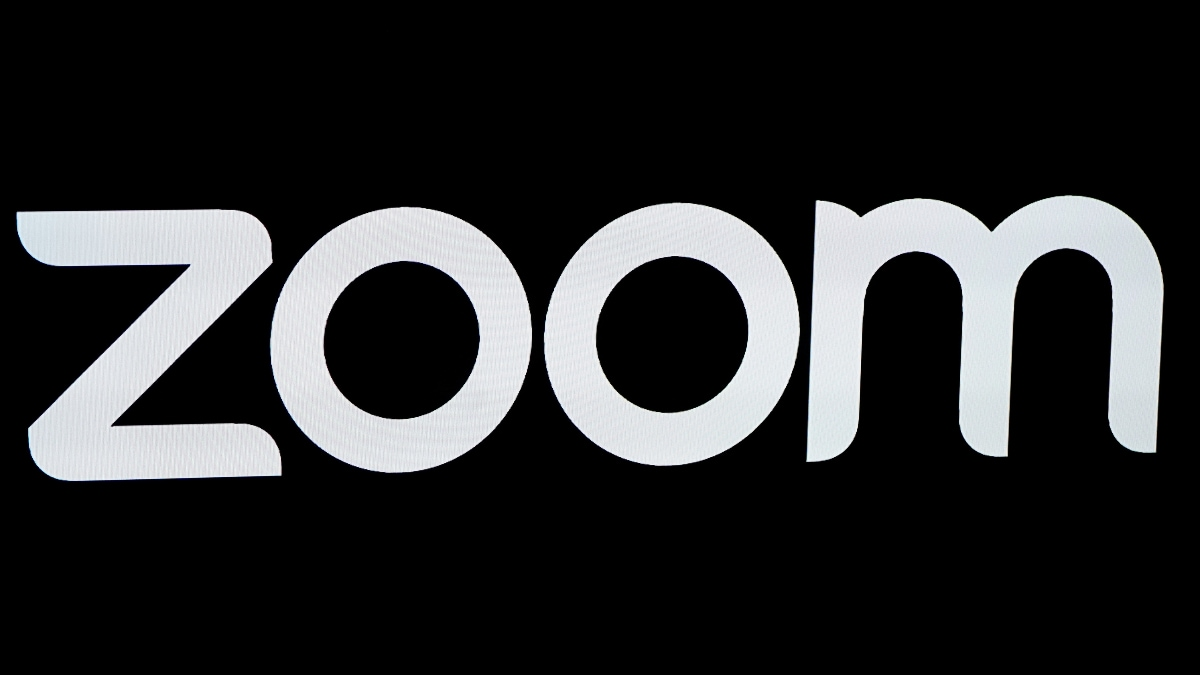 Zoom vulnerabilities could give attackers webcam, microphone access