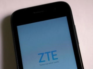 DNC Said to Be Urging Candidates Not to Use ZTE, Huawei Devices