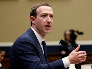 Facebook CEO Mark Zuckerberg Calls for New-Style Regulator for EU