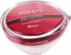 Ponds Age Miracle Wrinkle Corrector Day Cream SPF18 (50GM)
