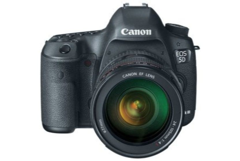 Eos 5d Mark Iii >> Canon Eos 5d Mark Iii 22 3mp Dslr Camera Online At Lowest Price In India