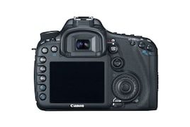 Canon EOS 7D 22.3MP DSLR Camera